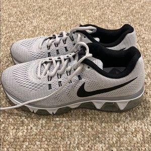 Nike Air Max Tailwind Size 8 WORN ONCE